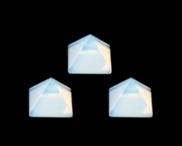 opaliet pyramide