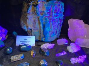 fluoriserende mineralen